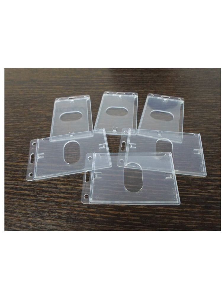 Protección plástica rigida para credencial